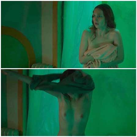 Naked Clare Durant, Ánimas (2018) Nude Scenes
